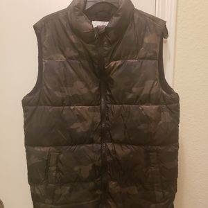 Boys Old Navy Puffer Vest